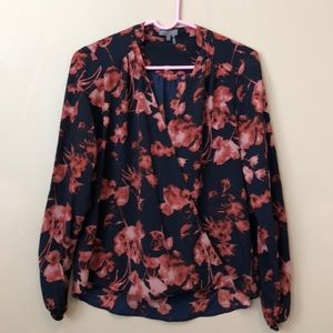 Navy and floral size S Vince Camuto blouse